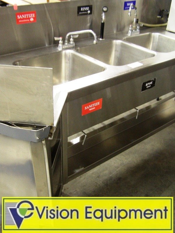 1013: Used 3 Compartment kitchen dish Sink