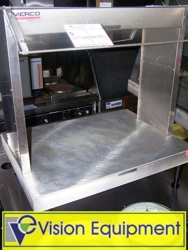 5: Countertop Heated/Lighted Display Merchandiser