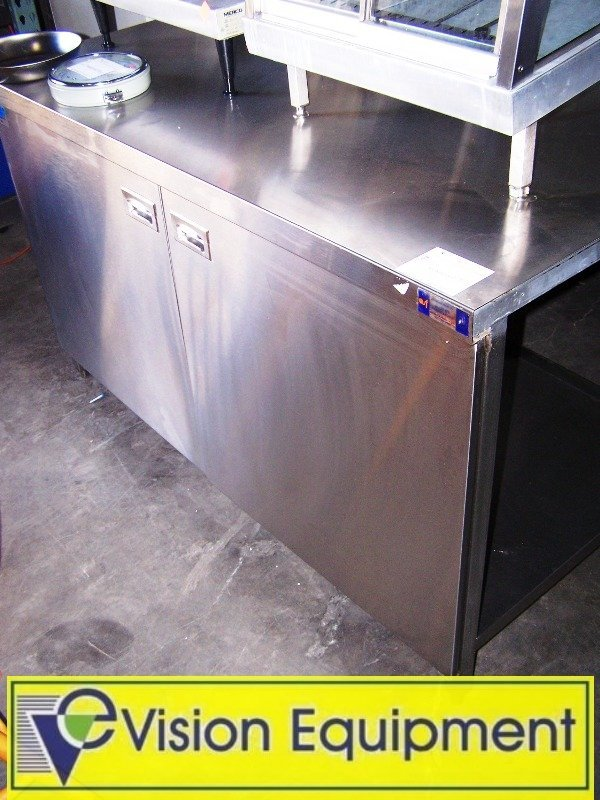 7: Stainless Steel 5 Ft Prep Table/ Cabinet/ Storage