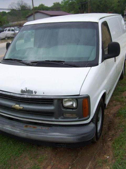 21B: Chevy 1500 1998 Cargo Van