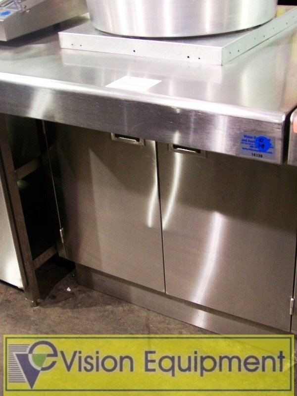 Used Stainless Steel Work/Service Counter/undershelves