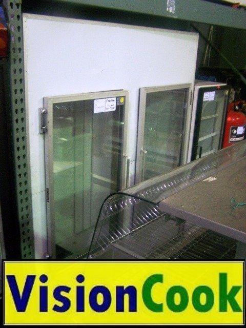 12: 2 Door Ice Merchandiser