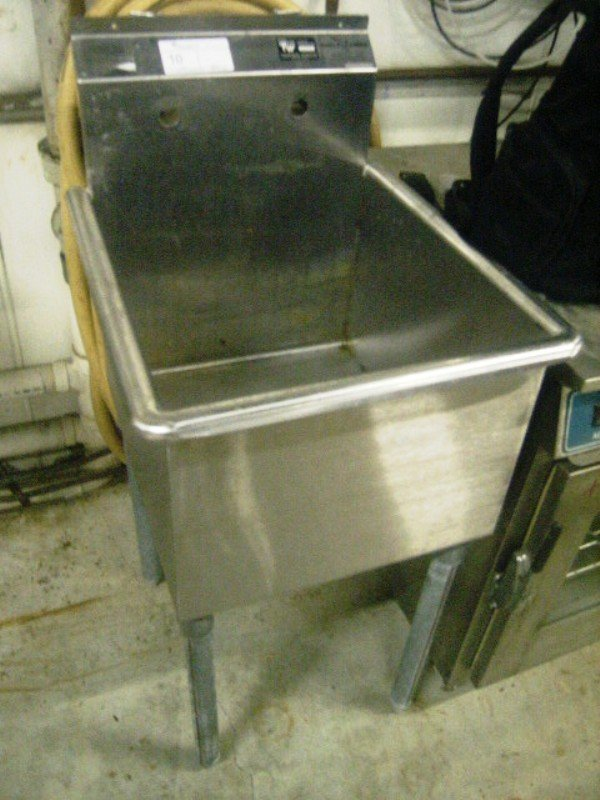 90010: Stainless Steel 1 Compartment Prep/Mop Sink