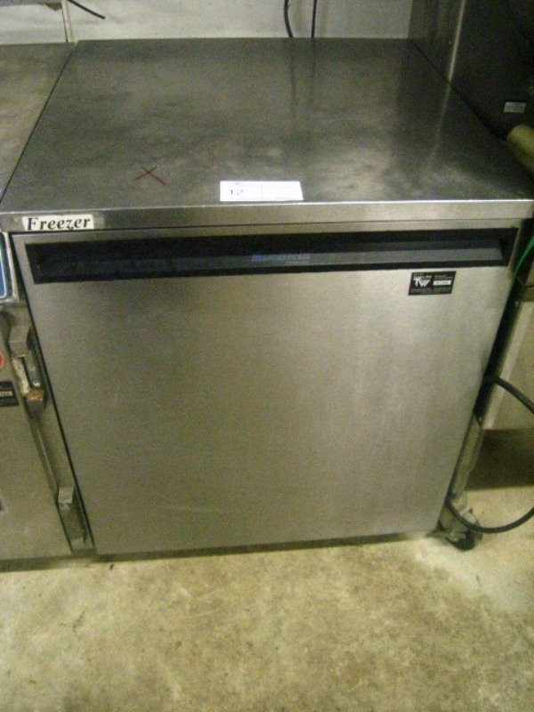 "90012: Delfield Used Under Counter 27"" Freezer"
