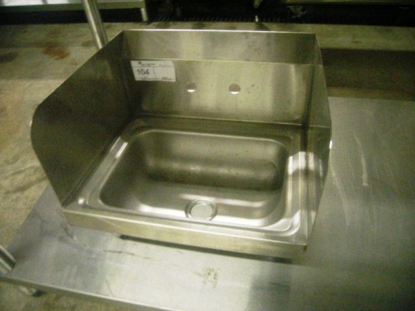 900104: Used Commercial Kitchen Stainless hand Sink