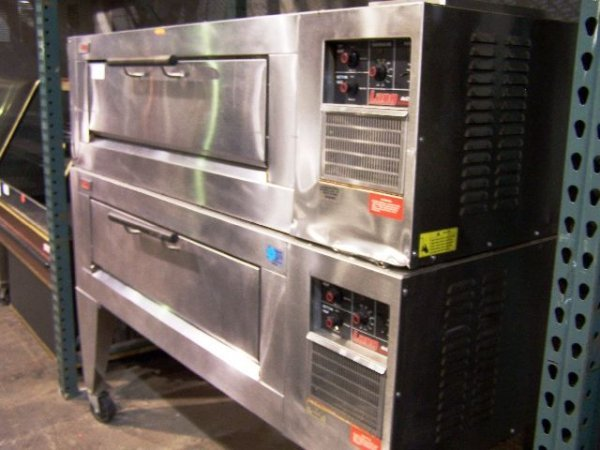 536: Lang double deck pizza oven