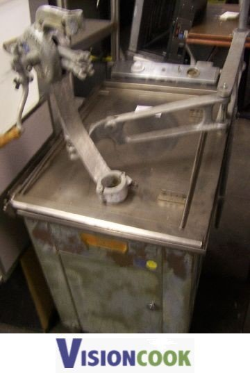 8: Used Commercial Electric Donut Funnel Cake Fryer