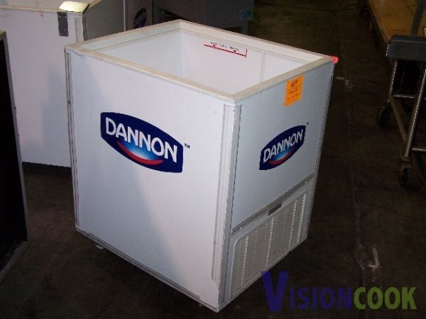 1312: Vestfrost Commercial Display Cooler Refrigerator