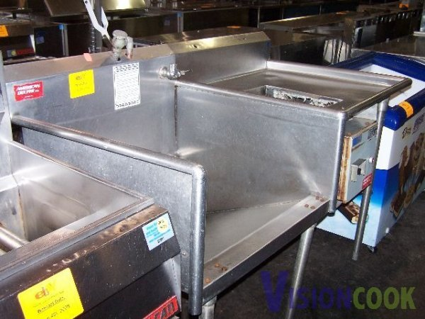 1616: American Delphi Stainless Produce Sink w/ Disposa