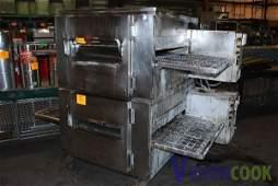 1821: Lincoln 1000 Gas Conveyor Pizza Oven