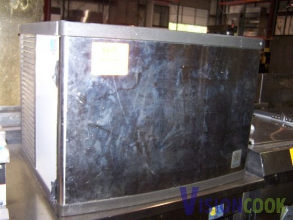 703: Manitowoc Ice Machine Maker Cuber Cubed Ice