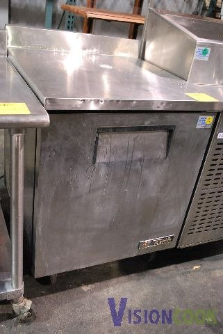 305: True TWT-27F Undercounter Commercial Freezer