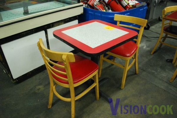 620: Red Table with 2 Chairs