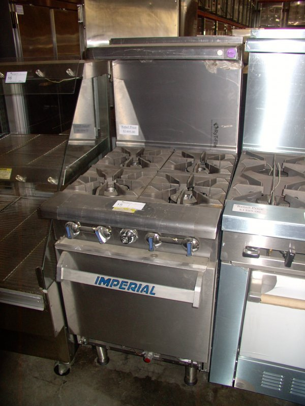 15: IMPERIAL 4 BURNER GAS RANGE!  GREAT CONDITION!