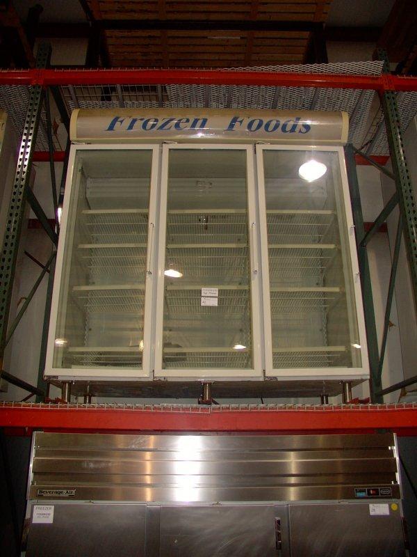 42: FRIGIDAIRE T8CLGPCS 3 GLASS DOOR FREEZER!