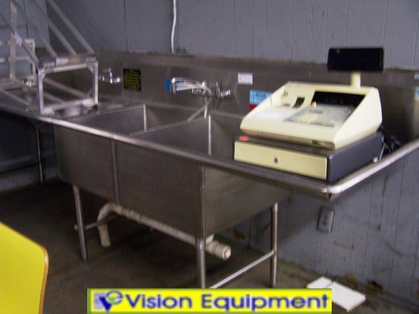 8: 2 COMPARTMENT STAINLESS STEEL SINK
