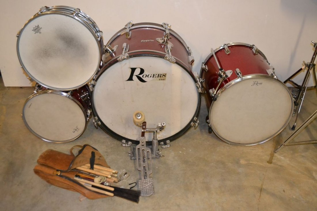 Vintage Rogers drum set, drum sticks, cases, etc.; - 5