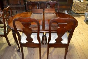Cherry Queen Anne Style Dr Table With Two Leafs And