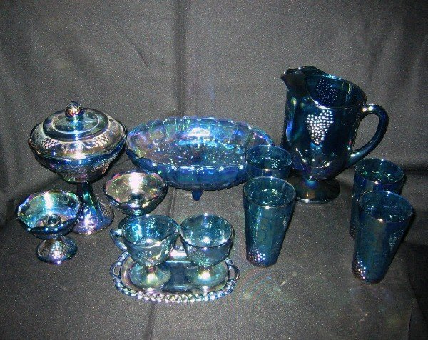 351: Twelve pieces of Carnival glass