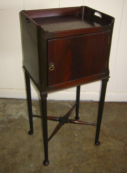 "354: Queen Anne style mahogany bedside table. 31"" x 14"