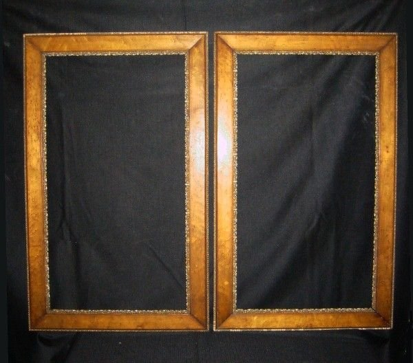 599: Pair of birds eye maple and gilt gesso frames. 38""