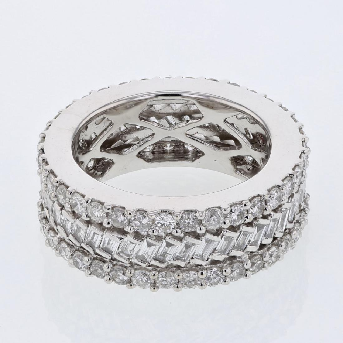 18KT White Gold Ladies Diamond Ladies Ring