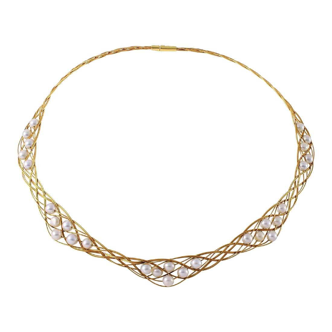 18KT Yellow Gold Pearl Necklace