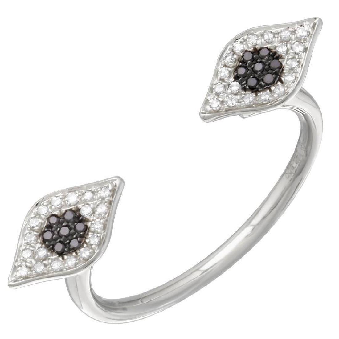14KT White Gold Women's Diamond Ring