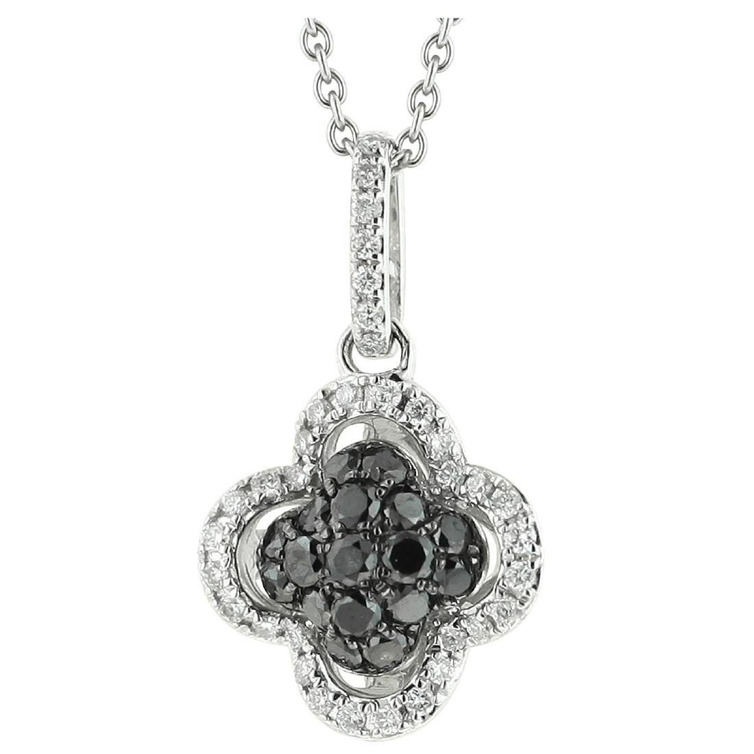 18k White Gold Diamond Pendant With Chain