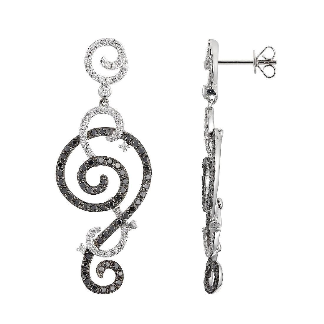 18KT Gold Diamond Earrings - 2