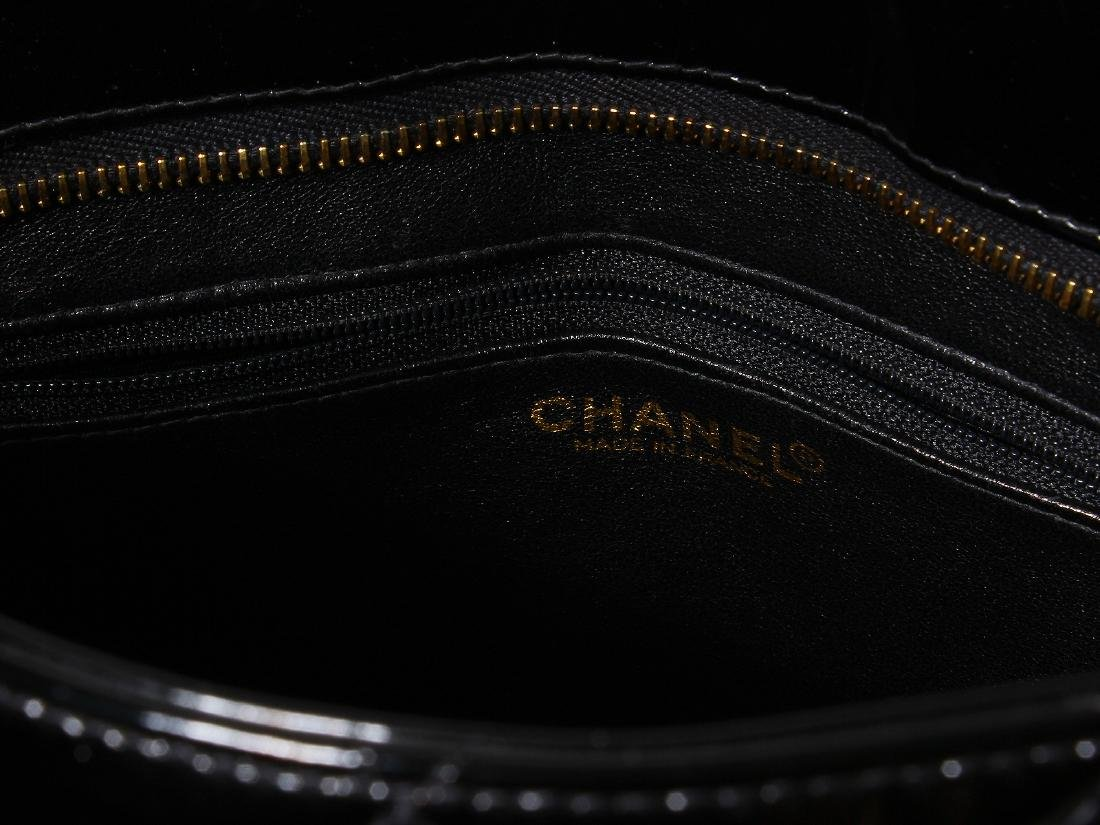 Chanel Quilted Black Patent Leather Shoulder Bag - 3