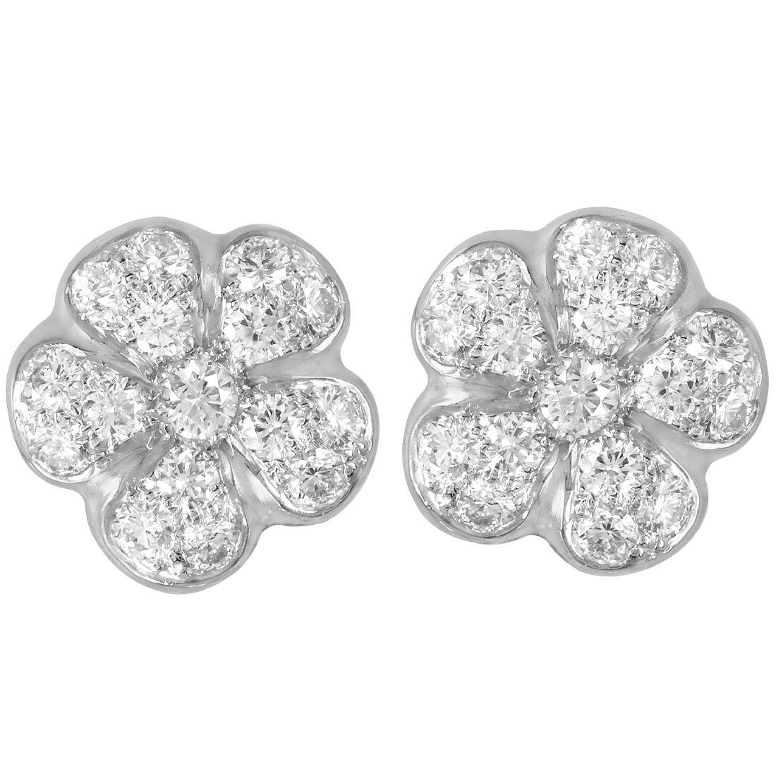 Platinum 18KT Gold Diamond Womens Stud Earrings L283