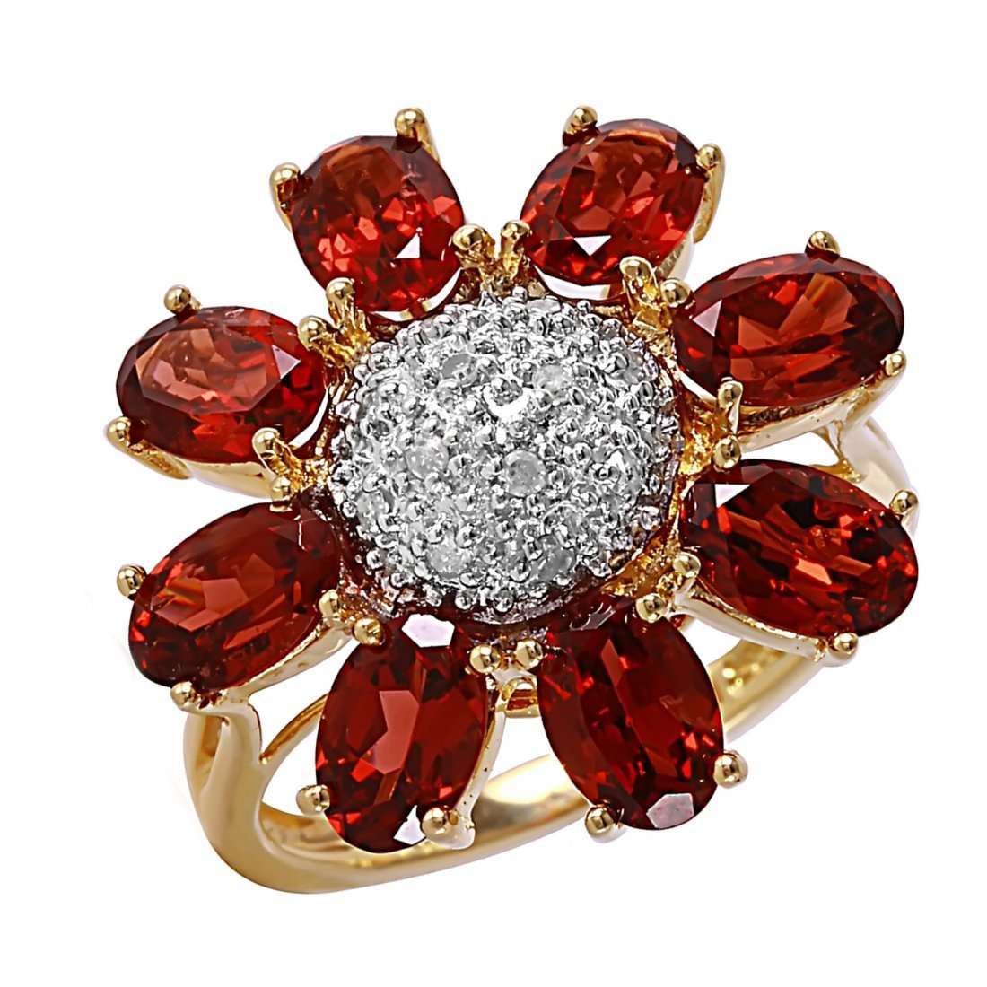 This cocktail ring features oval cut pyrope garnets