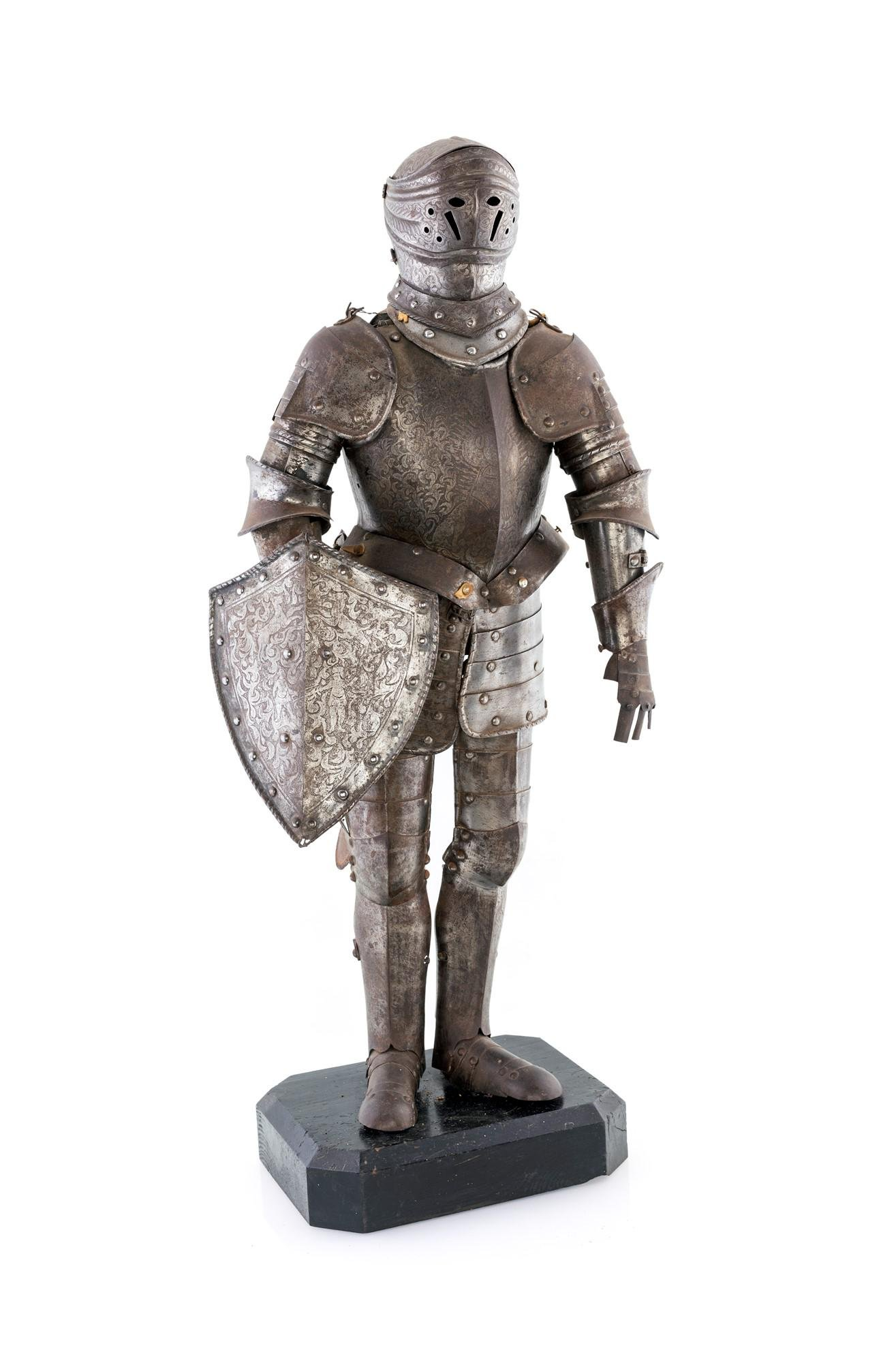 Armor model from 19th century