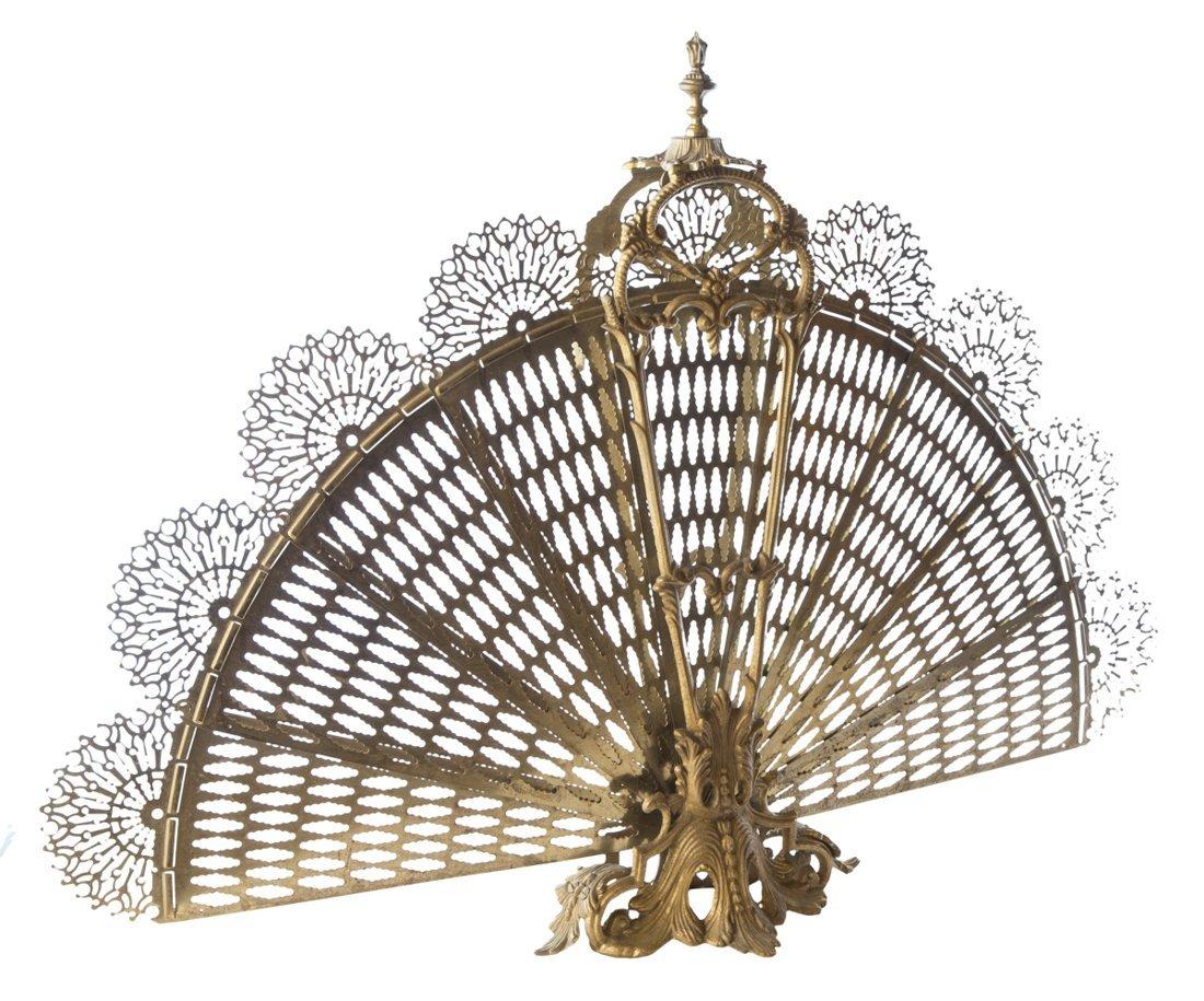 | Parafaville a coda di pavone stile Luigi XV | Fire
