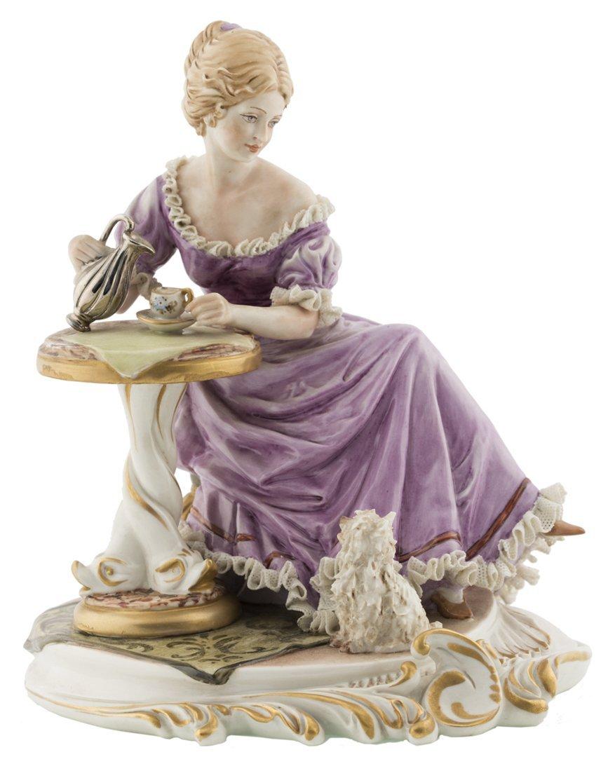 | Scultura in porcellana policroma di Capodimonte | A