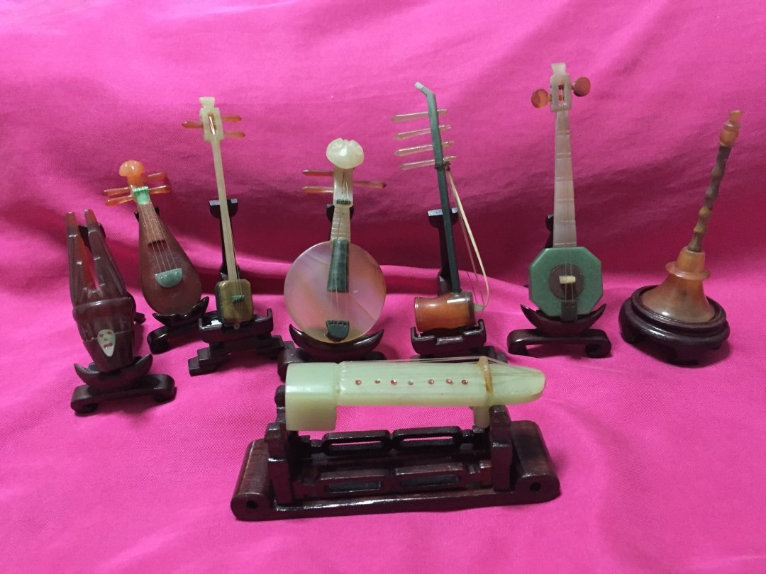 Cultural Revolution Period 8 Jade Musical Instruments