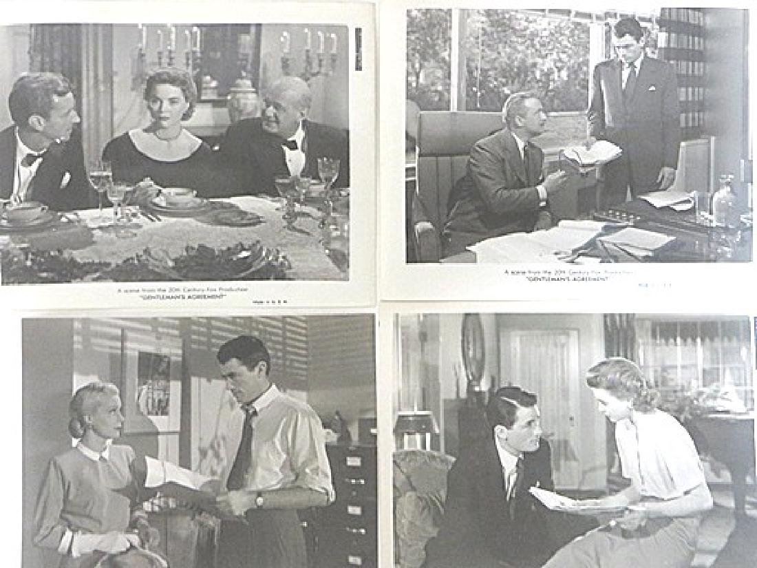Gentlemen's Agreement Movie Photos (16) - 2
