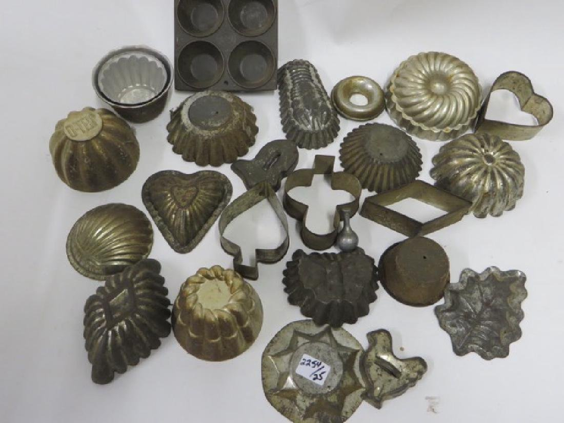 Lot of Cookie Cutters and Tin Molds (25)