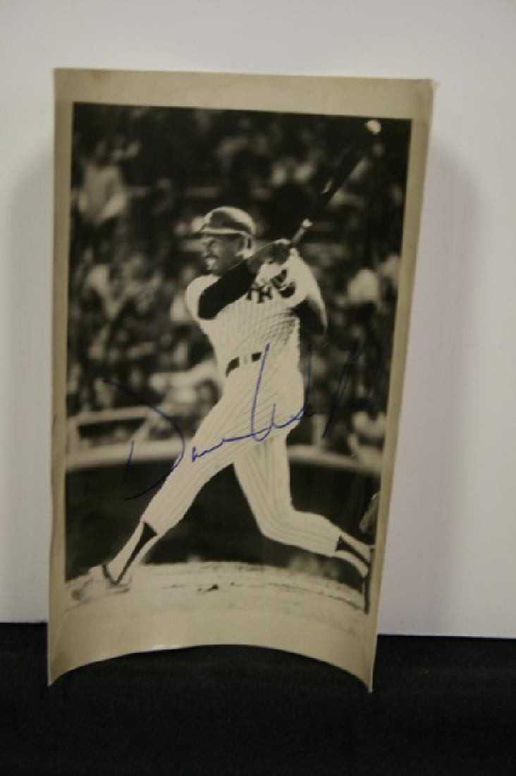 Signed Dave Winfield Photograph.