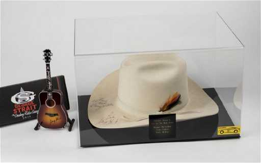 George Strait   Ace in The Hold Band Signed Cowboy Hat b0cb4be64b9