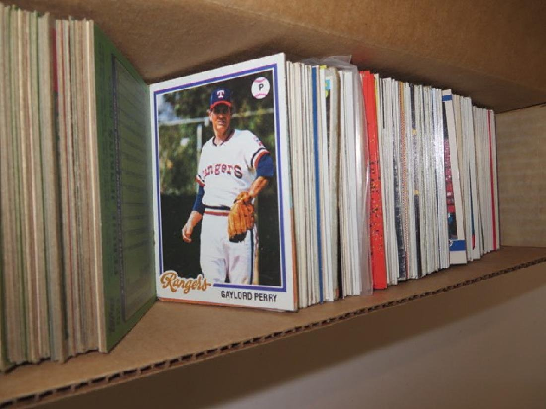 Baseball Cards. Pitchers.  (450) - 3