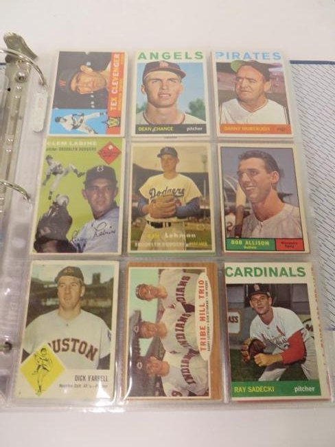 Album of 1950's-60's Baseball Cards (183) - 2