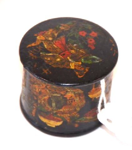 19th C. Lacquered Oriental Box - 2