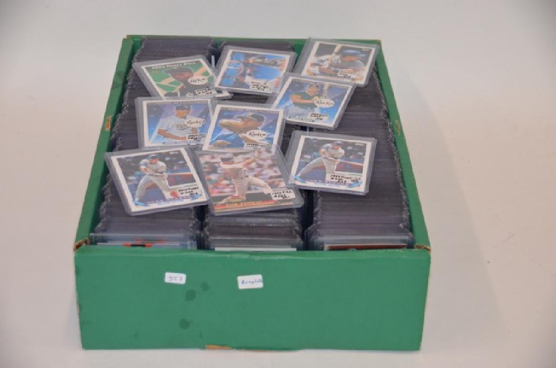 1990's Baseball Cards (Approx 600 +)