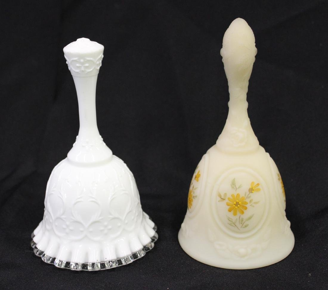Fenton Spanish Lace Bells inc. Custard