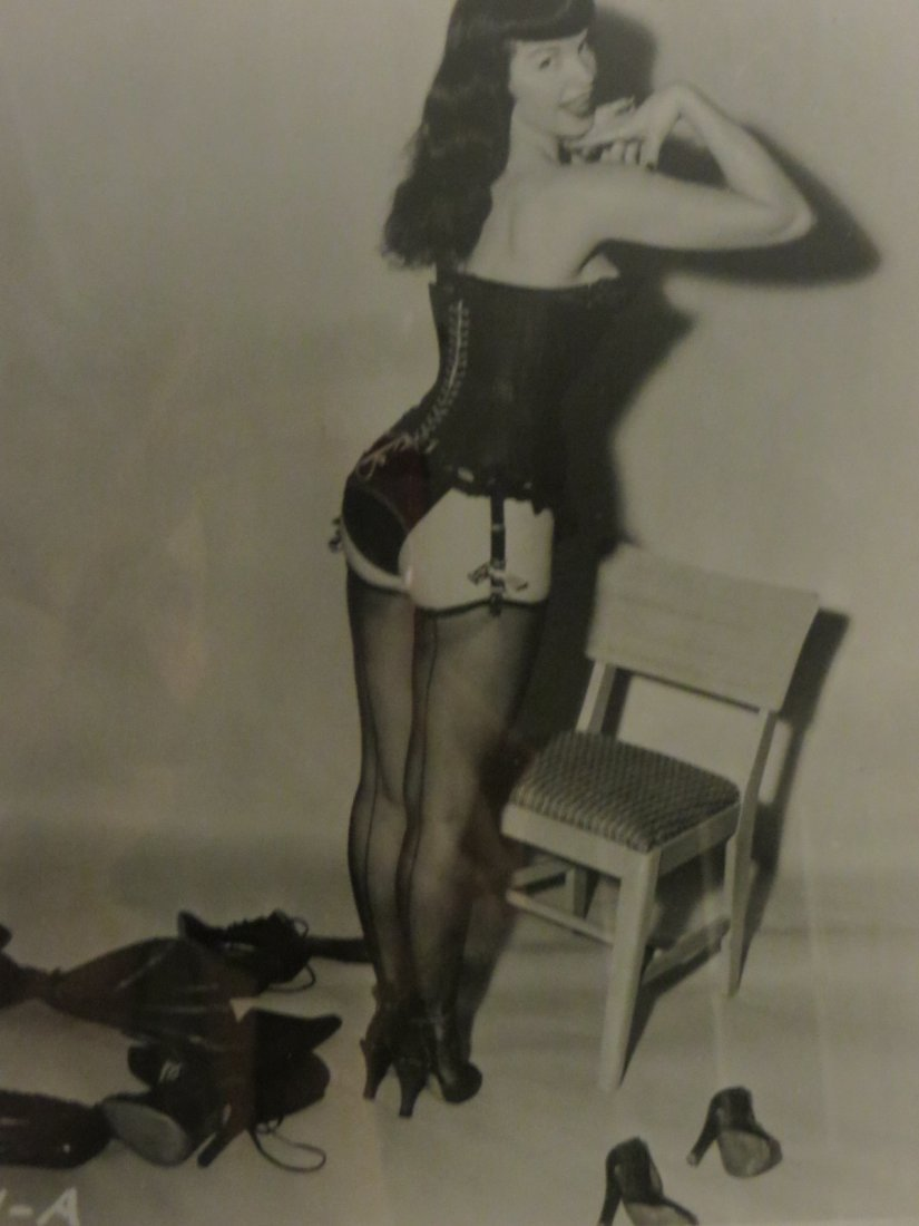 Framed 8 x 10 Orig photo Bettie Page