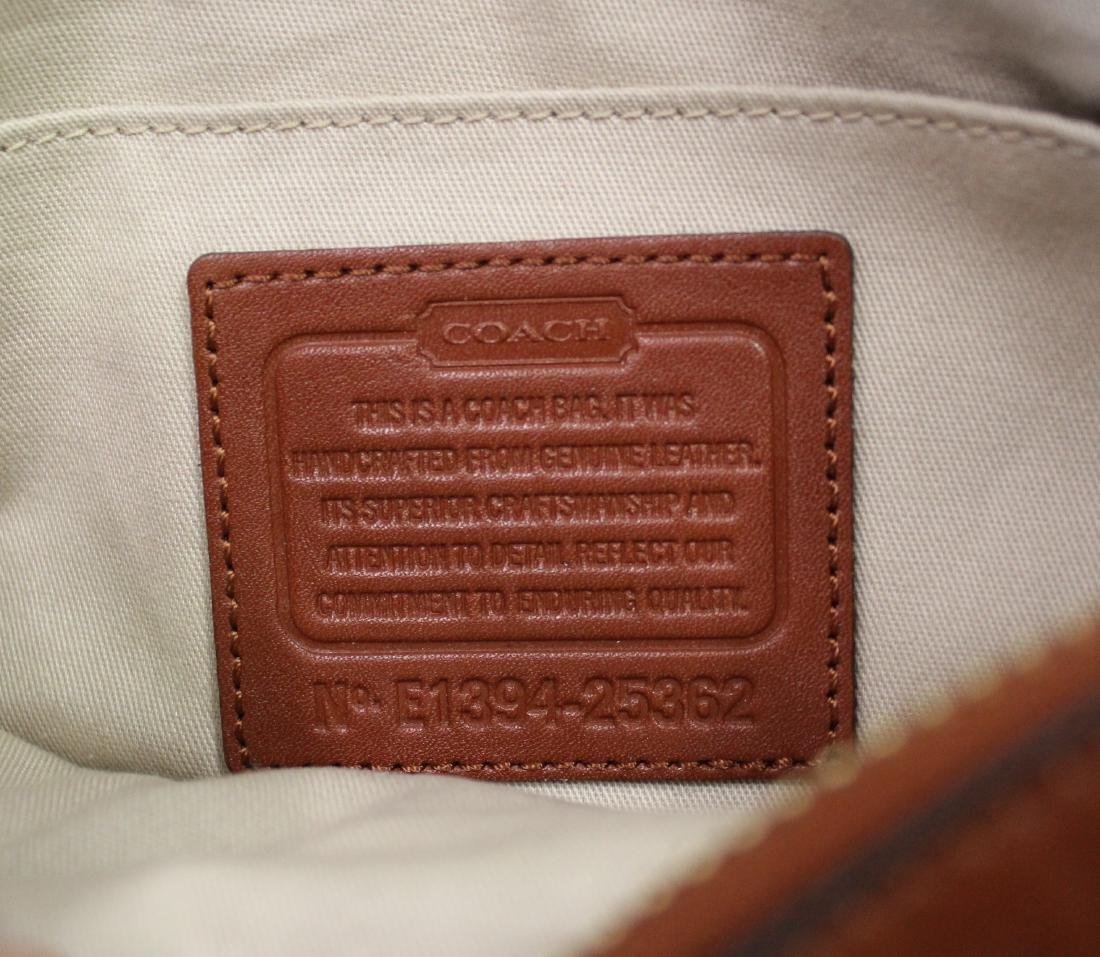 Coach New York Designer Leather Purse. - 2