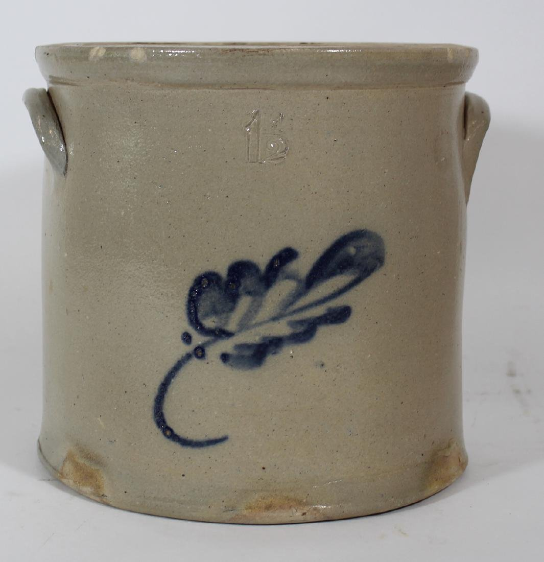Stoneware Crock. 1 1/2 Gal. Blue Decorated
