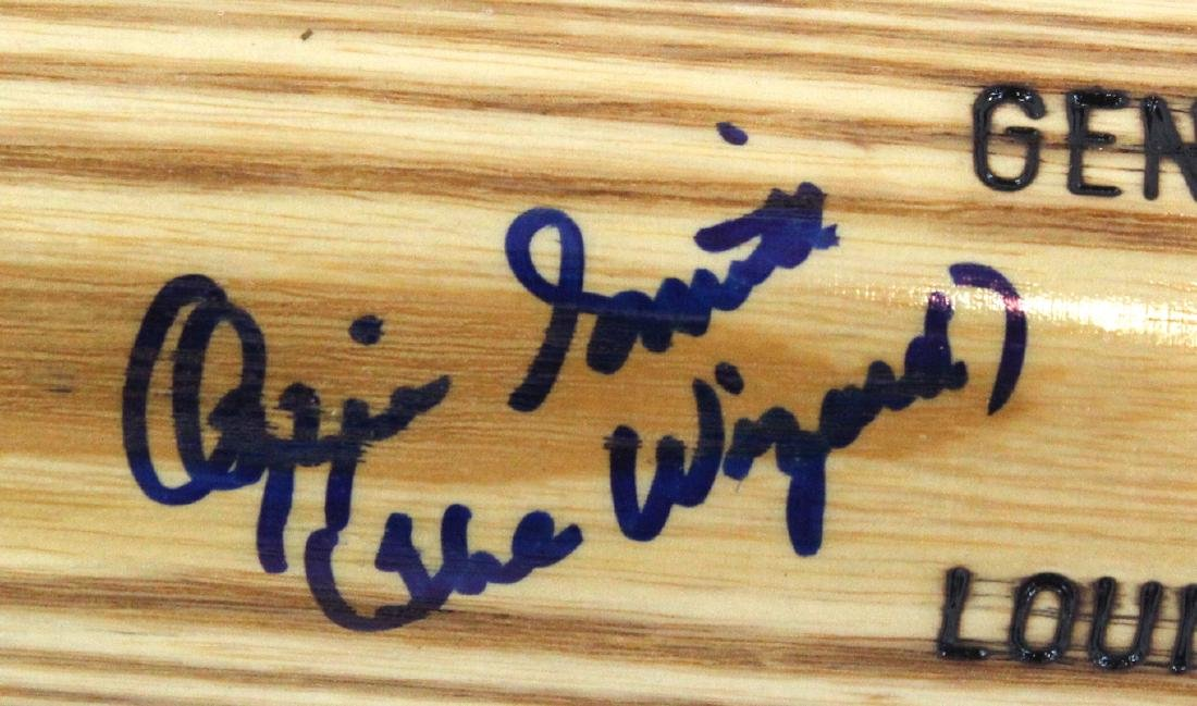 Ozzie Smith. Signed Louisville Slugger Bat - 2